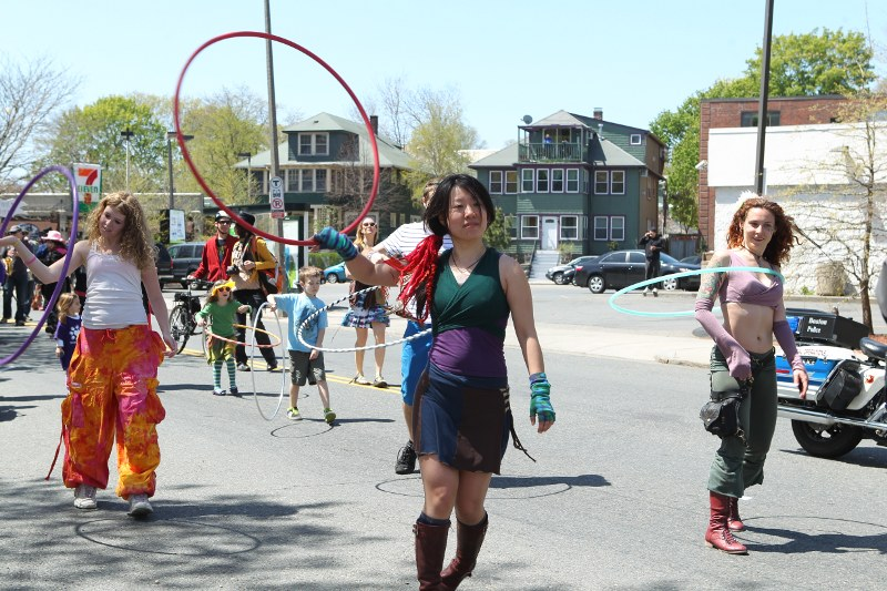 Wake Up the Earth parade: women with hula hoops