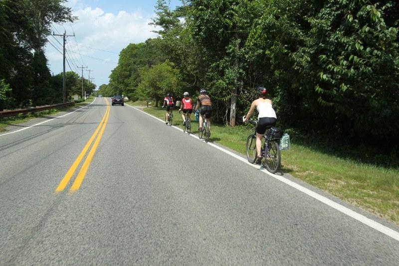 Biking Pleasant Lake Ave