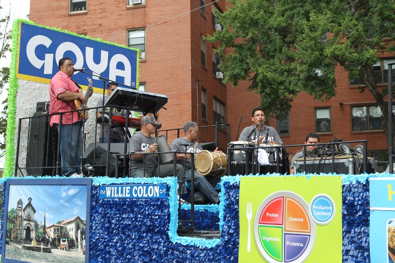 Goya float with live band